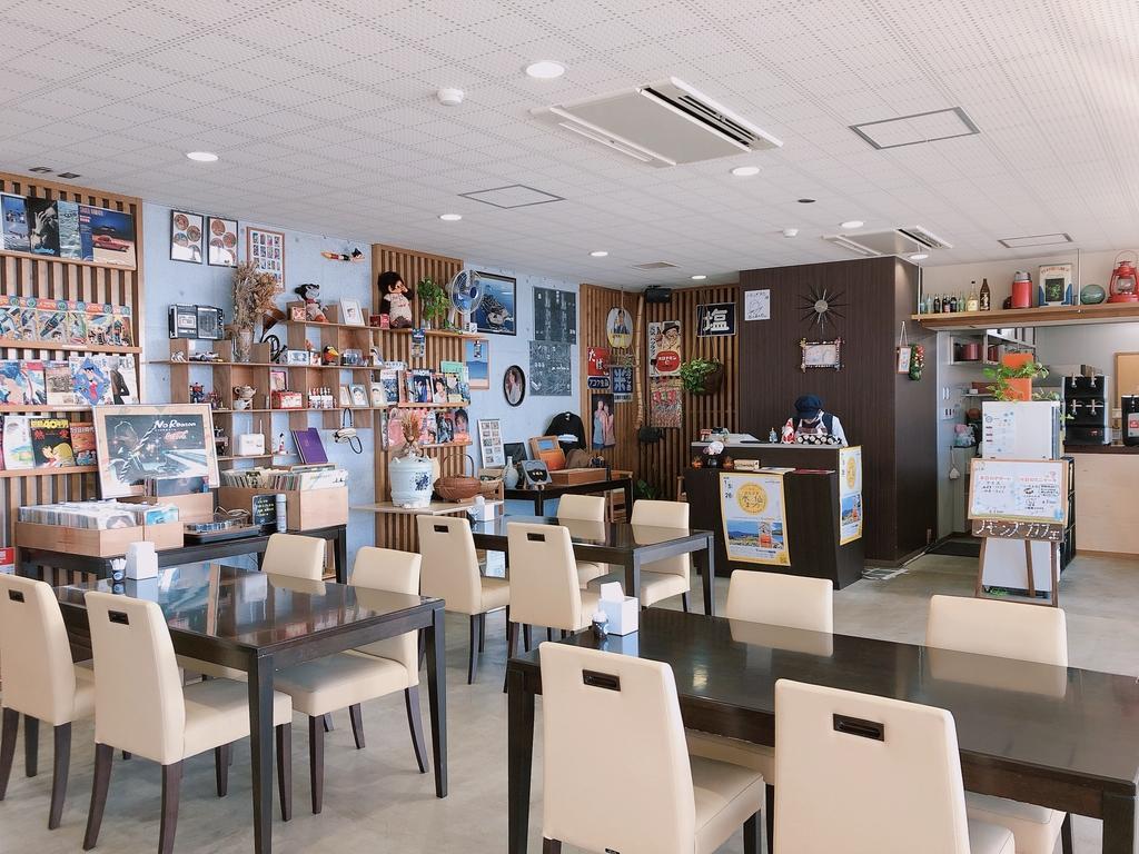 Nomon's Cafe-3