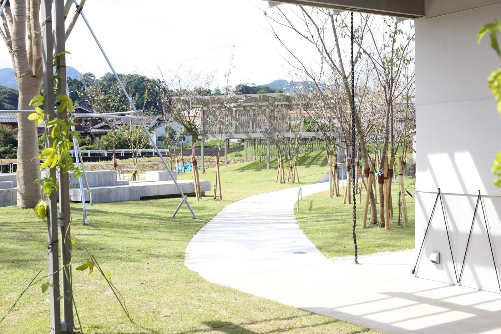 公園 HIROPPA-2