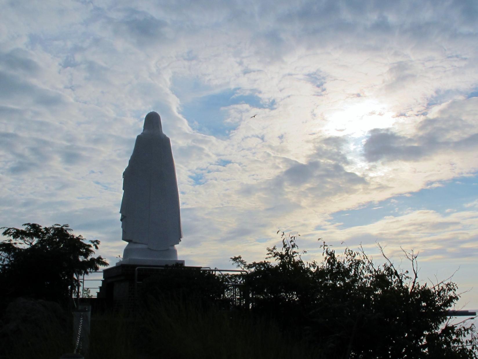 岬の聖母像-1