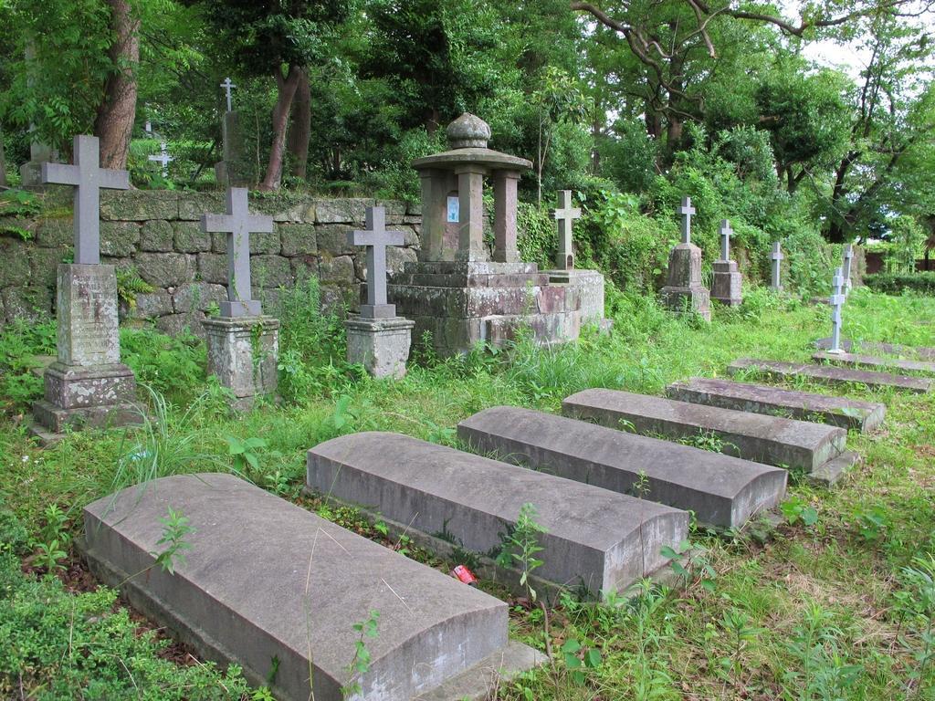 稲佐悟真寺国際墓地-1