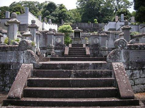 東海の墓-1