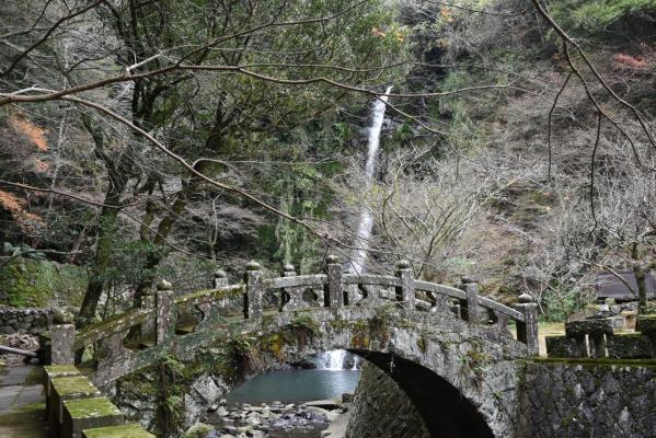 滝の観音-0