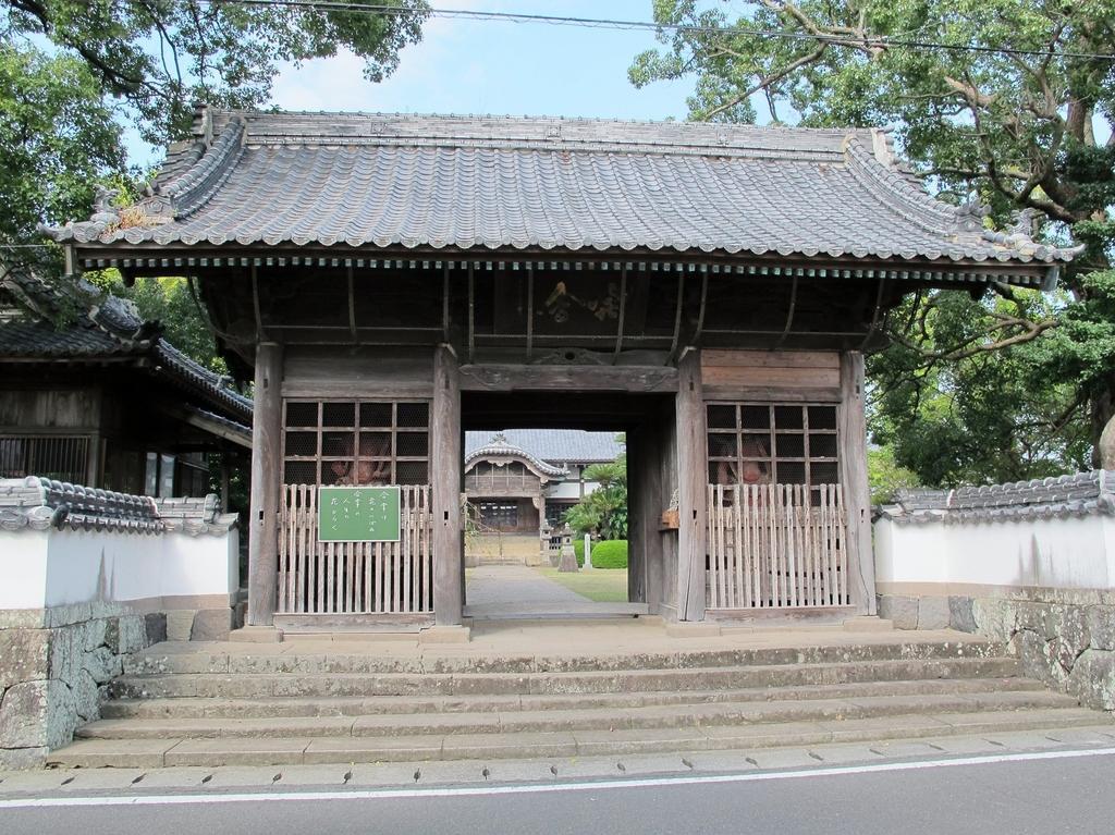 本経寺大村藩主大村家墓所(国指定史跡)-1