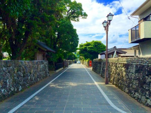 武家屋敷通り-1