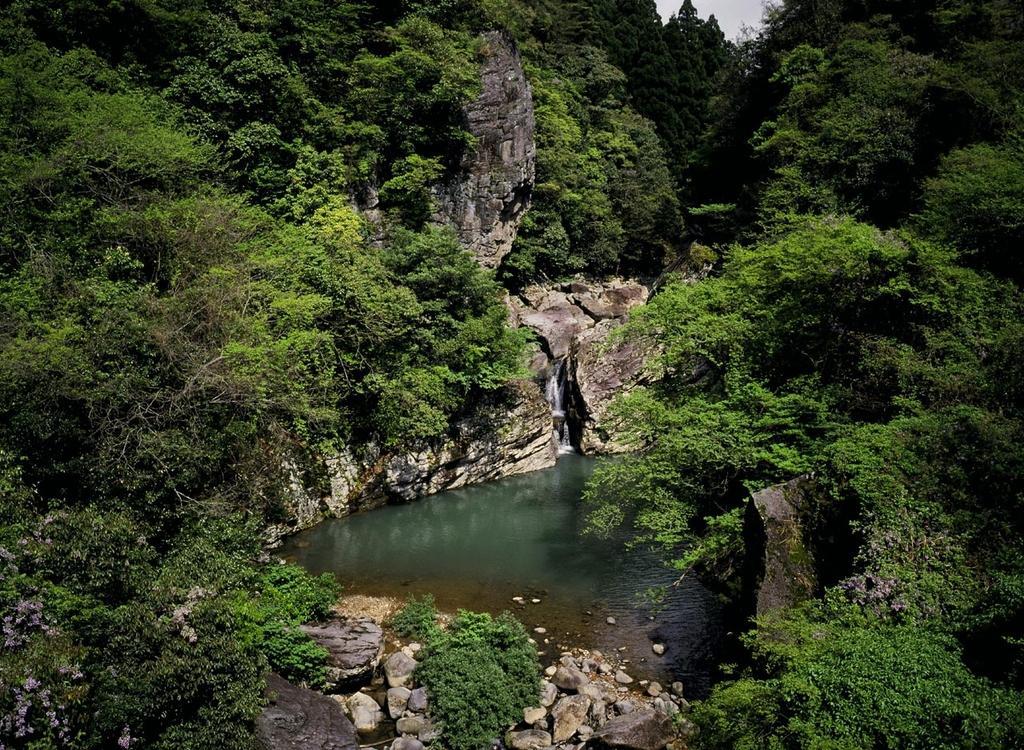 Ryutosen Gorge & Ryutosen Falls-1