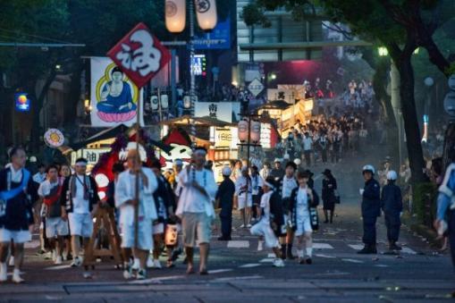 The Spirit Boat Procession / Shoronagashi-0