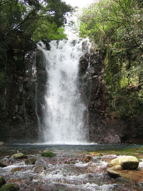 戸ノ隅の滝-1