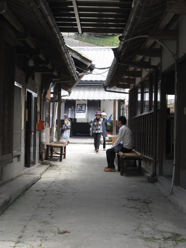 三川内皿山-3