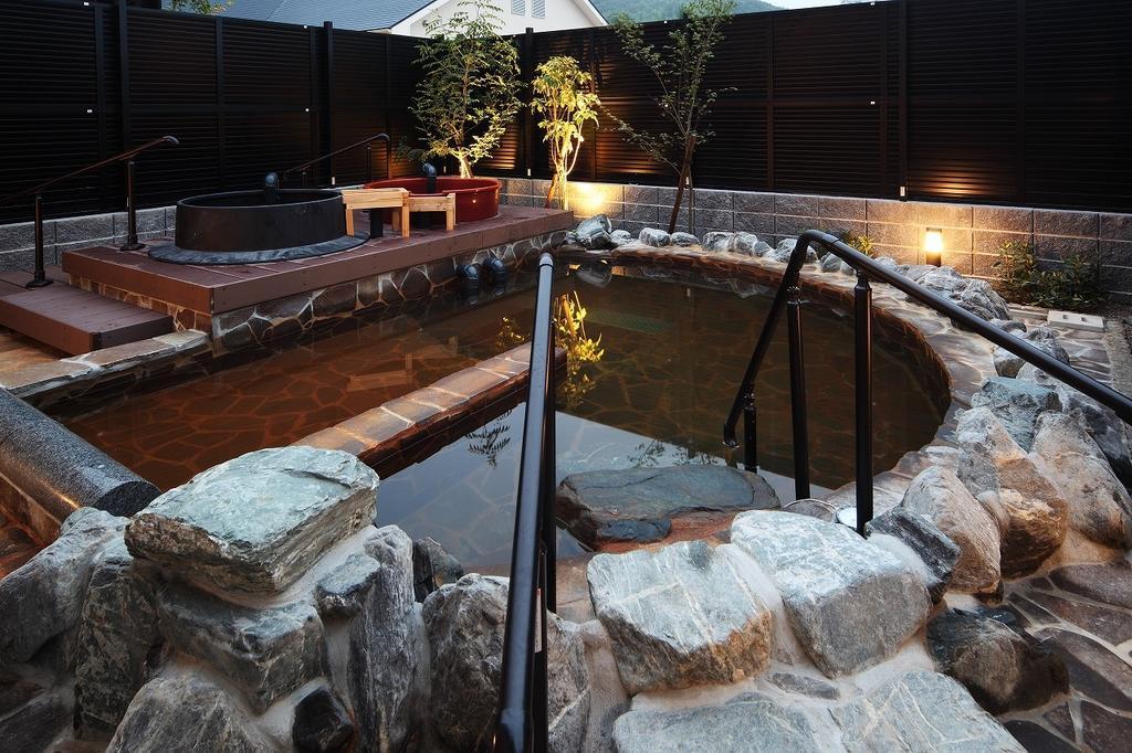 ハウステンボス天然温泉 黄金と水素の湯-1