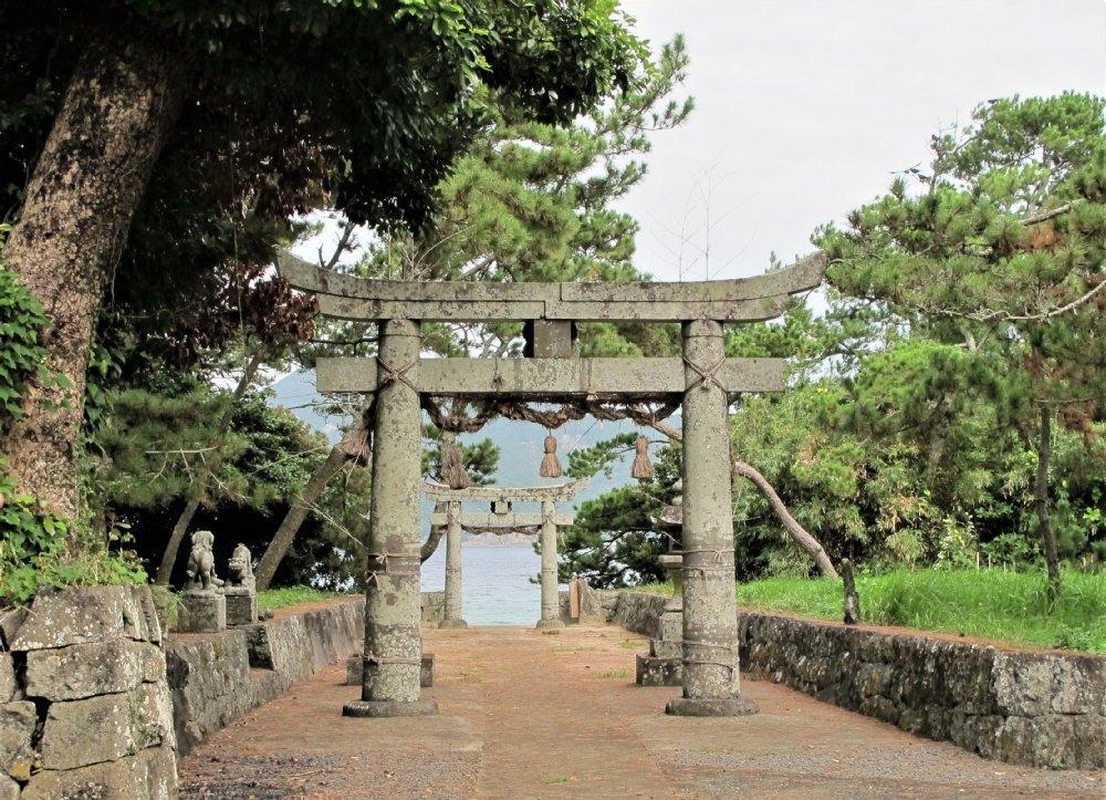地の神島神社-1