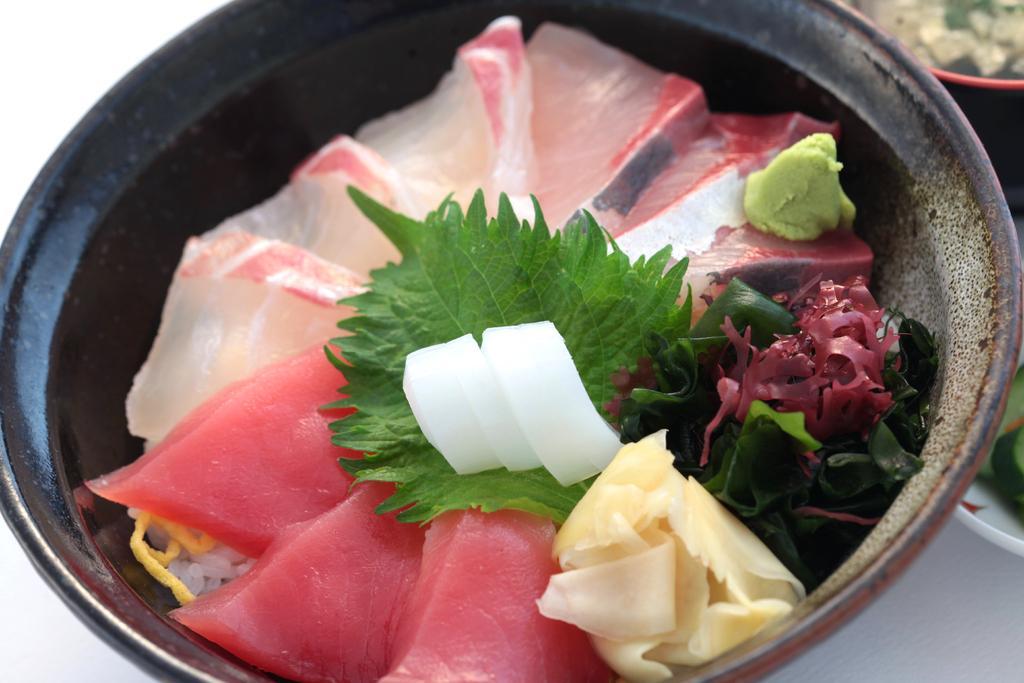 平戸瀬戸市場レストラン-1