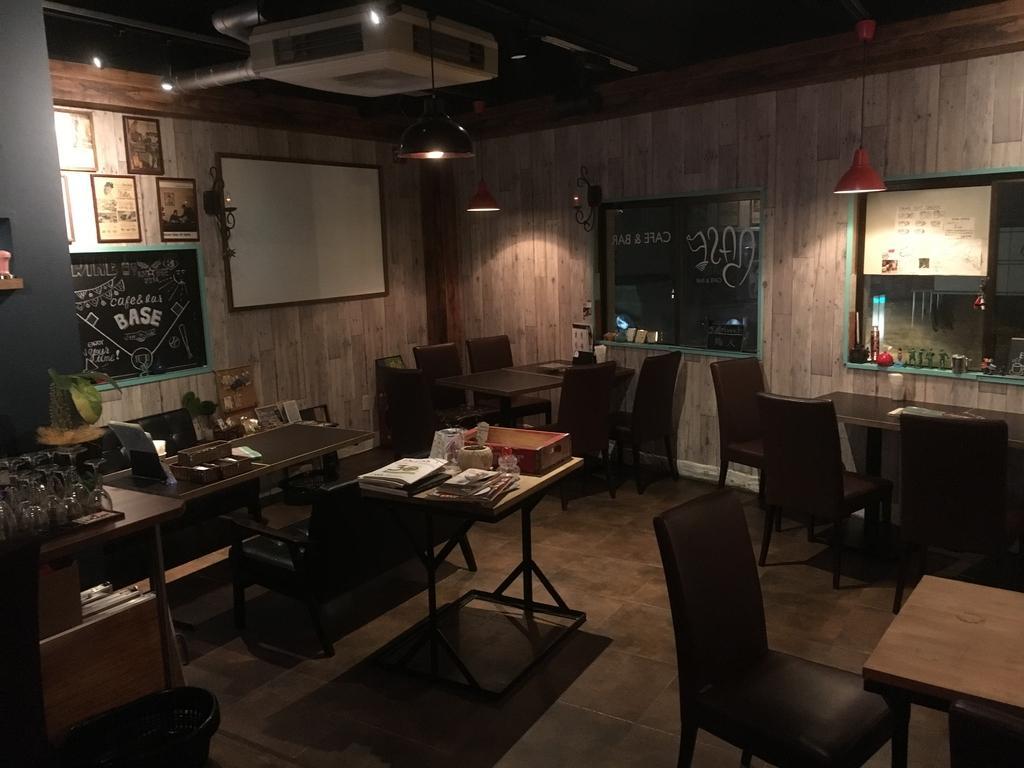 café&bar BASE(カフェ&バー ベース)-5