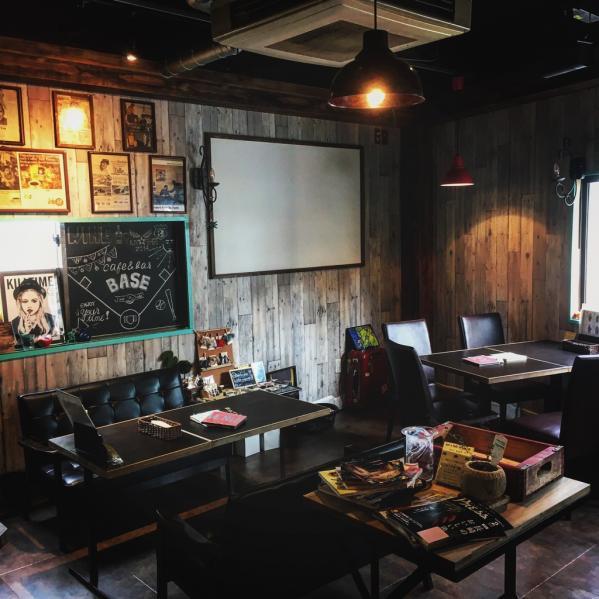 café&bar BASE(カフェ&バー ベース)-6