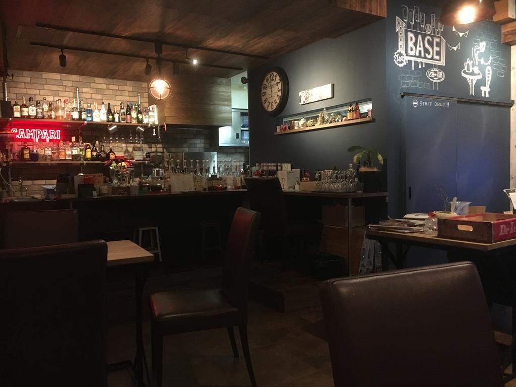 café&bar BASE(カフェ&バー ベース)-3