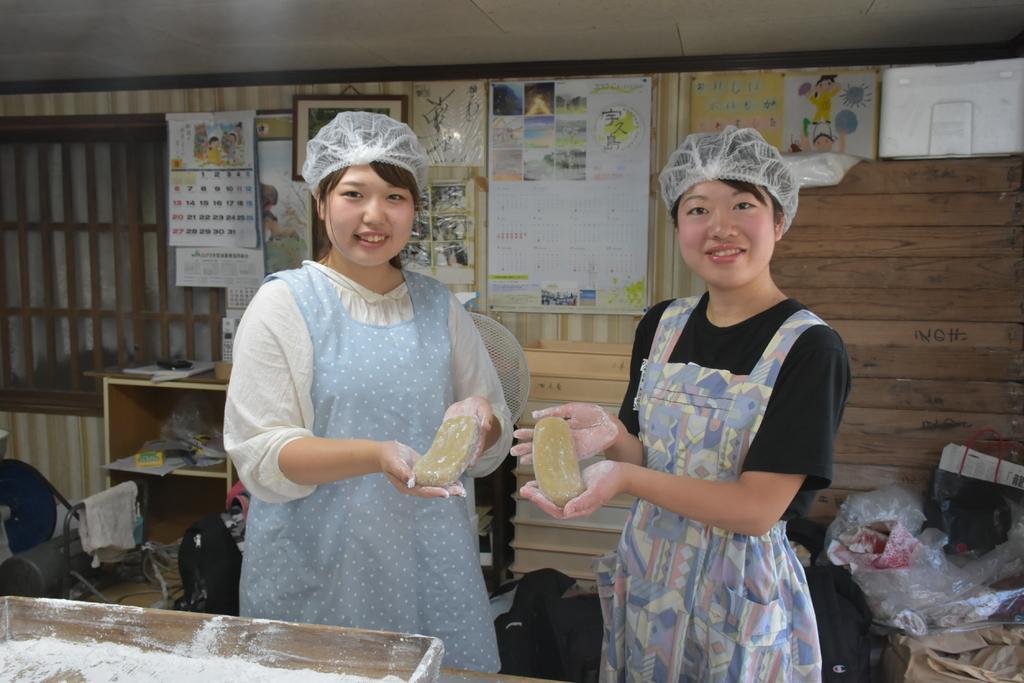 かんころ餅作り体験(宇久町)-1