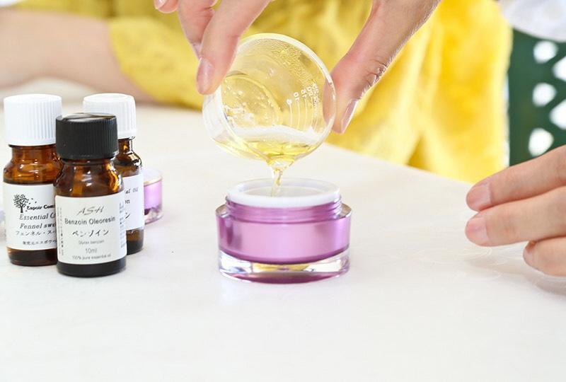 極上の癒し「練り香水」作り-1