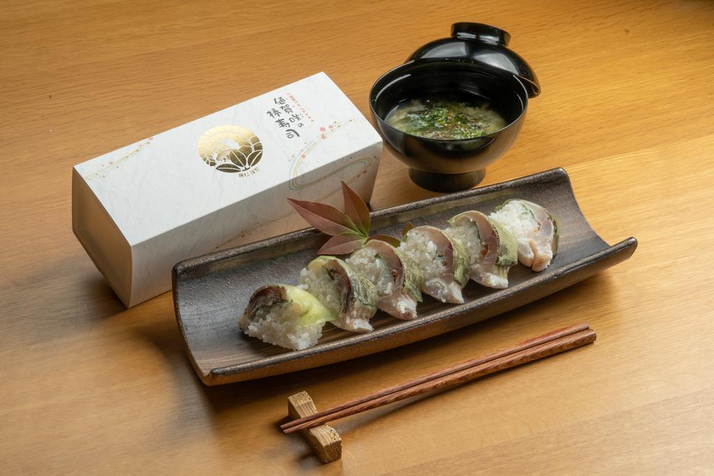 おぢかのイサキ棒寿司づくり-1
