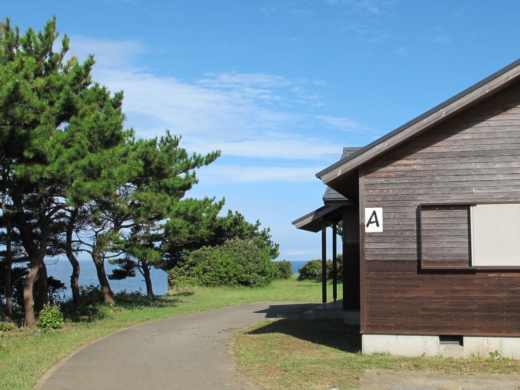 魚津ヶ崎公園 キャンプ場-4