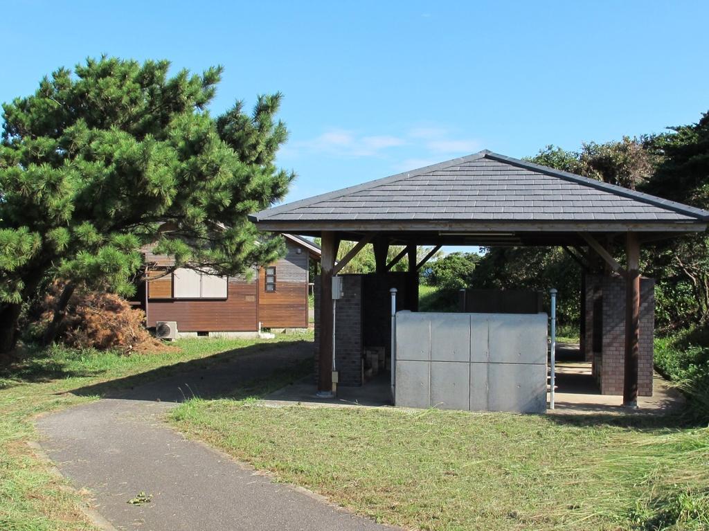 魚津ヶ崎公園 キャンプ場-2