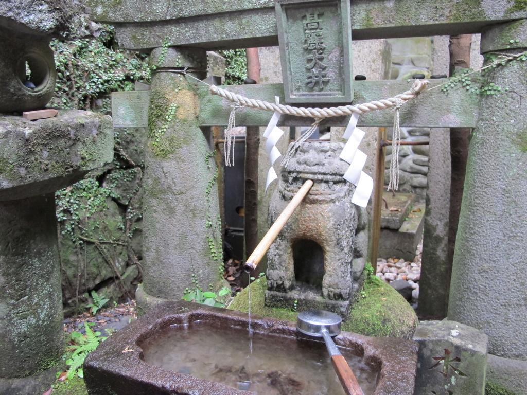 Suwa Shrine-5