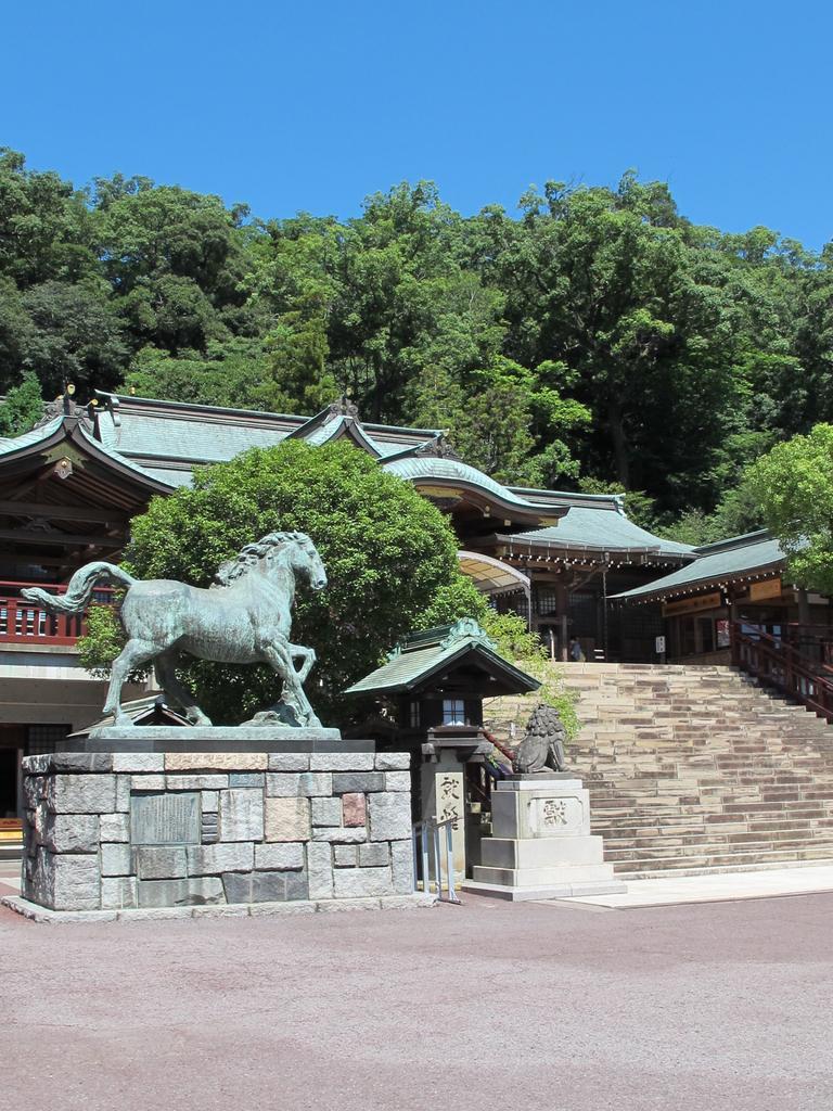 Suwa Shrine-3